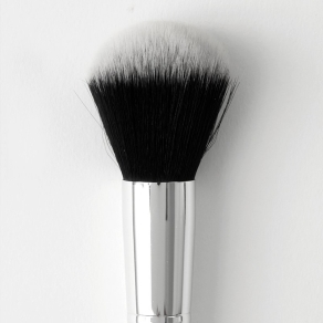 large_powder_brush_800x1200